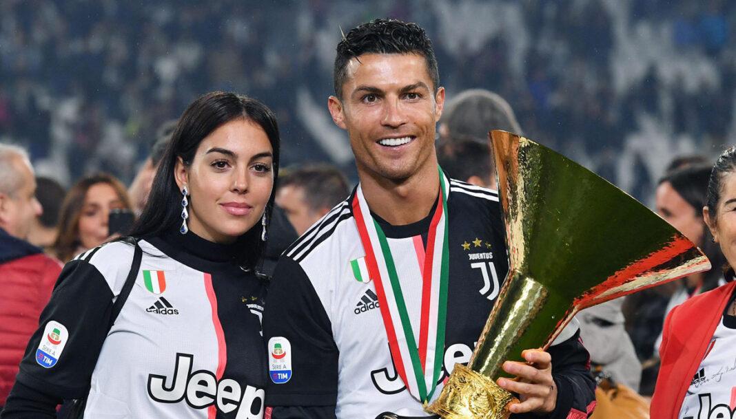 Cristiano Ronaldo: super famiglia e super papà - FOTO