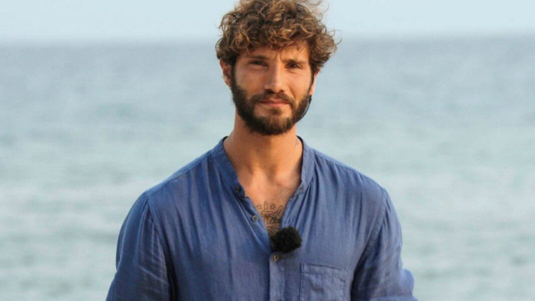 Stefano De Martino torna da Maria De Filippi - età, carriera, Santiago